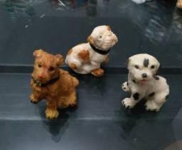 Vendo 3 miniaturas de cachorros