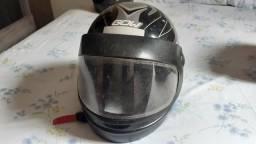 01 capacete tamanho 60 conservado