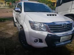 Toyota Hilux 3.0 4x4 Diesel CD Limited Edition - Em estado de nova! - 2015