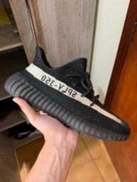 Tênis adidas Yeezy Boost 350 V2 ?Oreo?