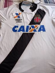 Camisa do Vasco Umbro comemorativa