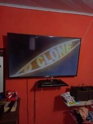 Título do anúncio: Vende se está televisão smrt 50 polegadas