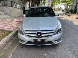 Título do anúncio: Mercedes-benz B200cgi 2015 Gasolina
