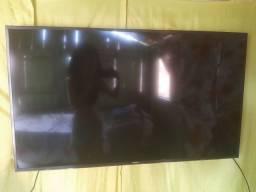 "Smart tv 4k Samsung, 50"" polegadas."