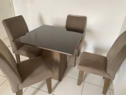 Título do anúncio: Mesa de jantar 4 cadeiras