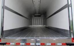 Título do anúncio: Procuro caminhão 3/4 com baú refrigerado.