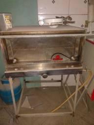Vende-se freezer, balcão expositor,forno industrial e geladeira