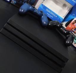Título do anúncio: Playstation 4 Pro 1TR 2 Controles 4 Jogos