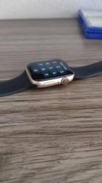 Título do anúncio: Apple Watch Series 4 de 44MM - Estudo Trocas