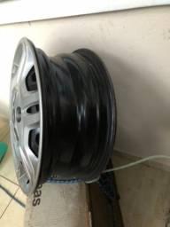 Título do anúncio: Conjunto de rodas, calotas e parafusos para Punto