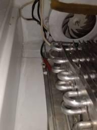 Técnico Refrigeração { conserto geladeiras split fogão}
