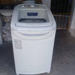 Título do anúncio: Máquina de lavar roupa Eletrolux 10 kilos