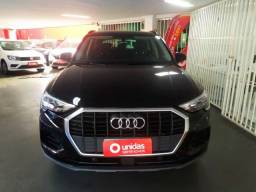 Audi Q3 Prestigie TFSI 1.4 AT 2020 - 12 mil km
