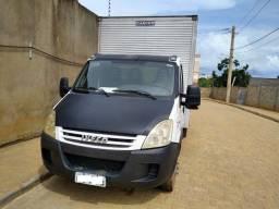 Iveco Daily 55C16 CS Caminhão Bau 2011