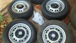 Rodas 13 com pneus impecável