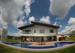 Casa de em Condomínio em Gravatá, com 06 suítes. Mobiliada com alto requinte!