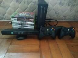 X-360 completo (console,2 controle, fonte,Kinect,+12 jogos originais)