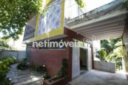 Casa 5 Quartos com 4 Garagens à Venda no Acupe de Brotas (778976)