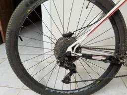 Bike gt karakoram 29'