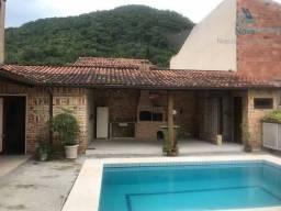 Casa com 4 dormitórios para alugar por R$ 3.300/mês - Piratininga - Niterói/RJ