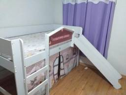 Cama infantil e colchão de solteiro
