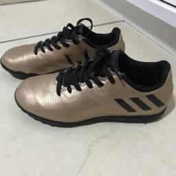 Chuteira infantil Adidas Messi tam.29. Nike 06c1f16ed49