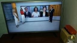 Vendo SMART TV,32 POLEGADAS! 6 meses de uso!