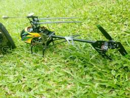 Vendendo Helicóptero V912