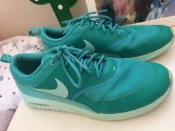 Tênis Nike Air Max Thea