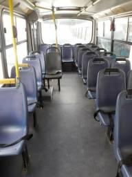 Micro ônibus Mb 915 ano 2003 - 2003