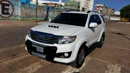 Hilux SW4 3.0 Diesel 4X4 2013/2014 R$ 137,900,00