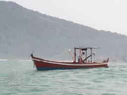 Bateira bote arrasto camarão