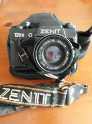 Câmera Fotográfica - Zenit - MC Helios- 44M-6 -58MM 1:2 12x x S PS: Não tem o Flash