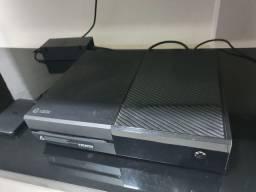 Xbox One 500 gb com 9 jogos e headset original