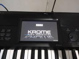 Teclado Korg Krome 73