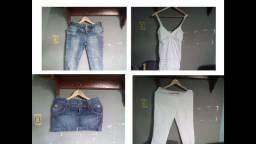 Lote de roupas usadas com 100 peças