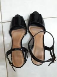 Título do anúncio: Sandália de salto