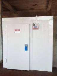 Título do anúncio: Câmara Fria - Instalação no Local - 10x Sem Juros