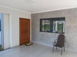 Vende-se Casa recém construida com 3 quartos e mobiliada em Cornélio Procópio.