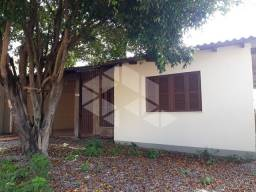 Casa para alugar com 3 dormitórios em , cod:I-029676