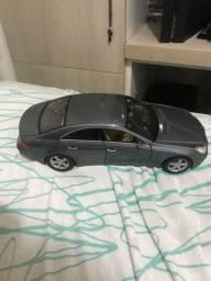 Miniatura Mercedes benz grande
