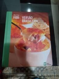 Título do anúncio: Cozinha do mundo/ versão brasileira. Livro de receitas.