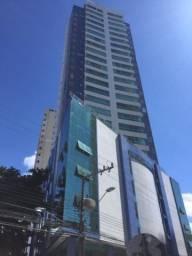 Apartamento 3 suítes a venda no Ed. Mar de Netuno, região central de Balneário Camboriú.