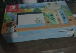 Nintendo Switch Edição Animal Crossing + Pokémon Sword
