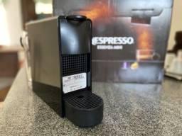Título do anúncio: Cafeteira Nespresso nova