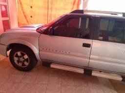 Título do anúncio: Caminhonete S10 da Chevrolet a diesel 2011
