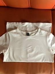 Título do anúncio: Desapego blusas Hering original
