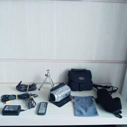 Título do anúncio: Filmadora Câmera Sony Full HD 40 GB Zeiss Completa no Estado  s/ garantia.