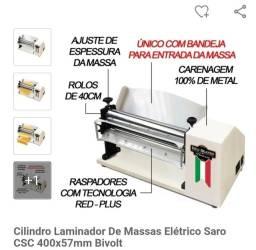 Título do anúncio: Maquina elétrica de abrir Massa - Saro