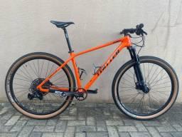 Bike CARBONO com SX-12v SEMINOVA.